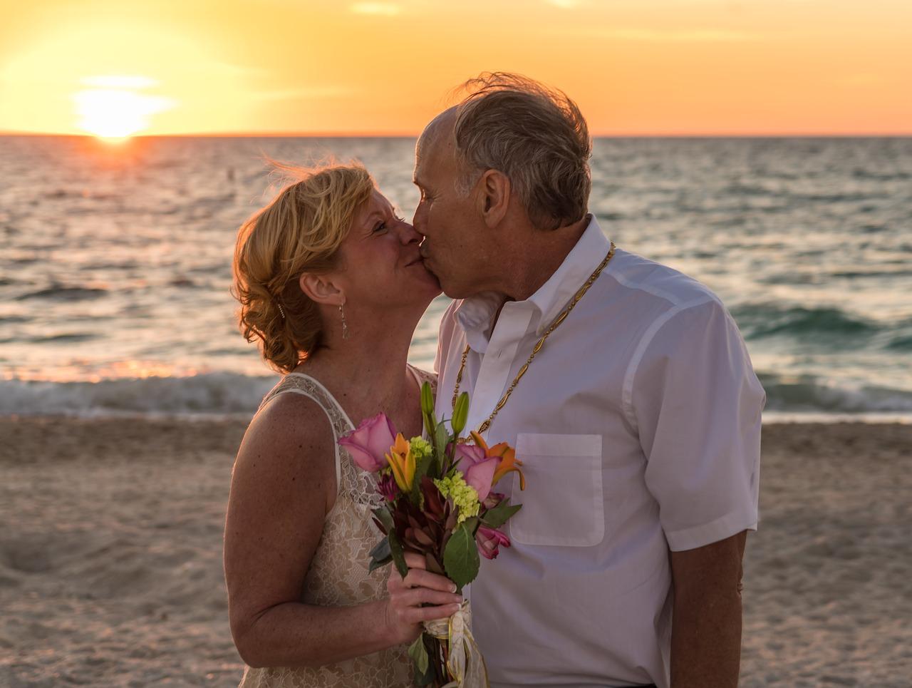 Heiraten mit 50 Plus: Stylingtipps für die Frau - 50PLUS.de – im ...